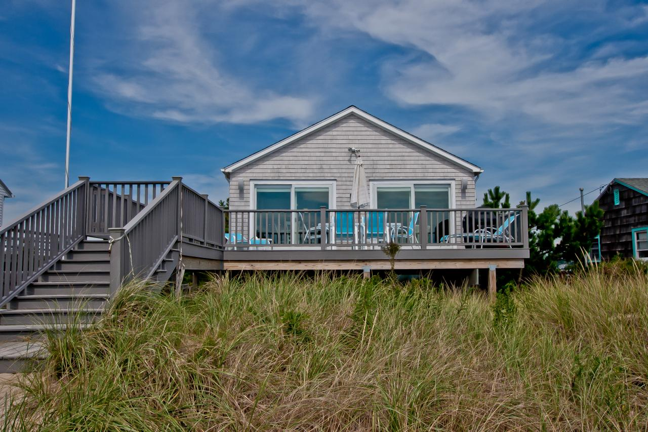 Tour A Beach Cottage In Westerly R I