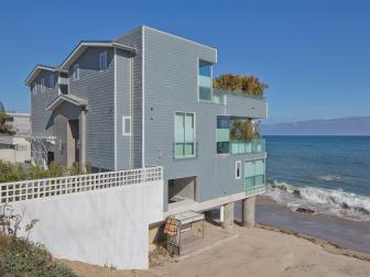 Home Exterior: Modern Beach House in Malibu, Calif.