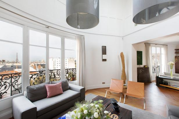 Living Room: Tres Chic Triplex in Paris, France