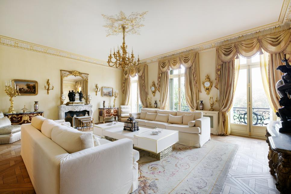 Tour a grand residence in paris france for International decor 2017