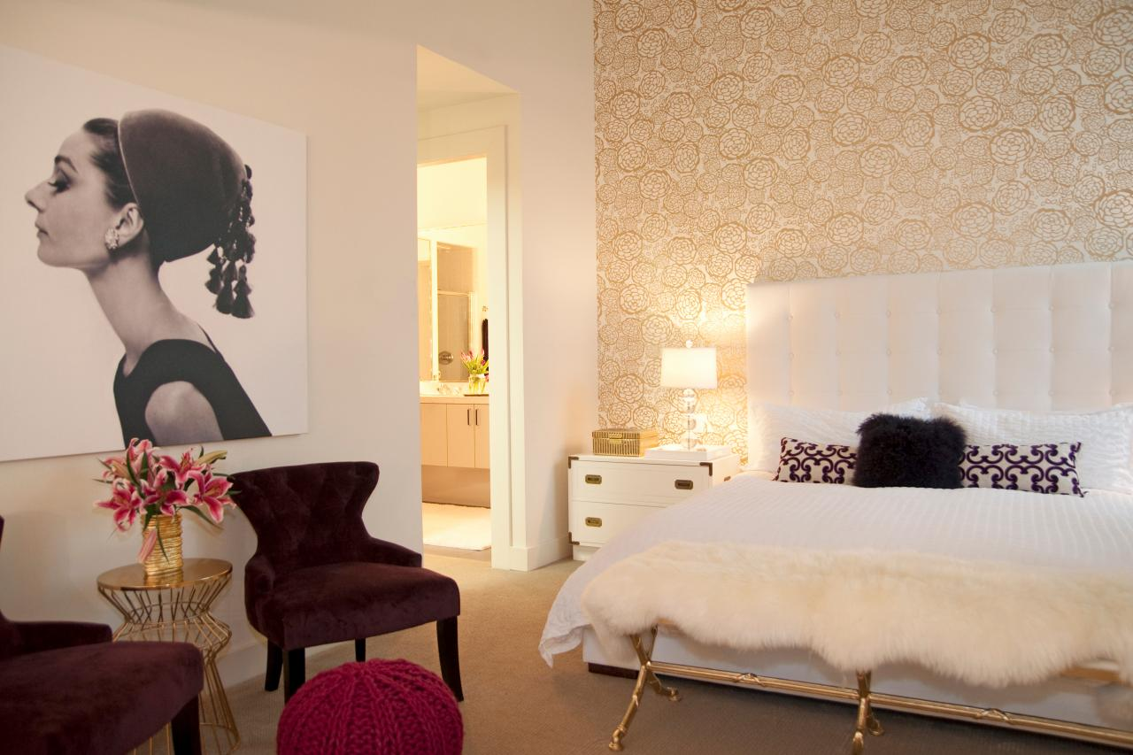 Photo page hgtv for Audrey hepburn bedroom designs