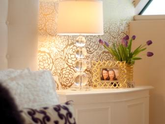 Teen Bedroom Features Lovely Gold Patterned Accent Wall