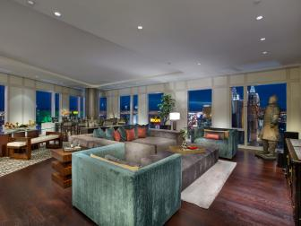 Vegas High-rise with Oversized Furniture