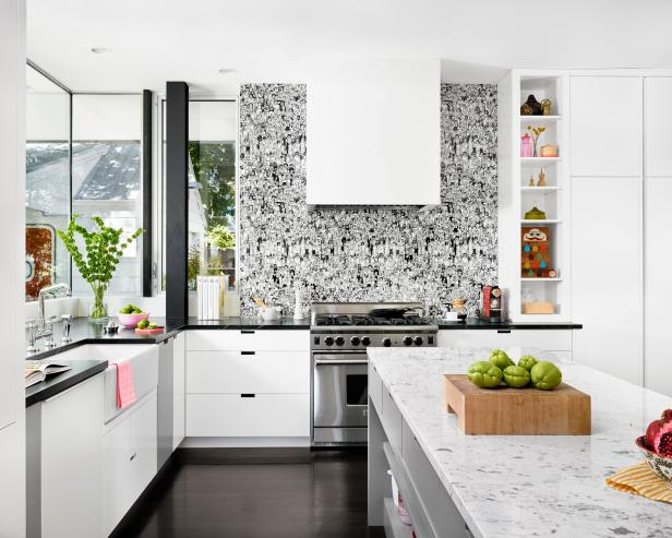 Modern Kitchen with Graphic Black-and-White Backsplash