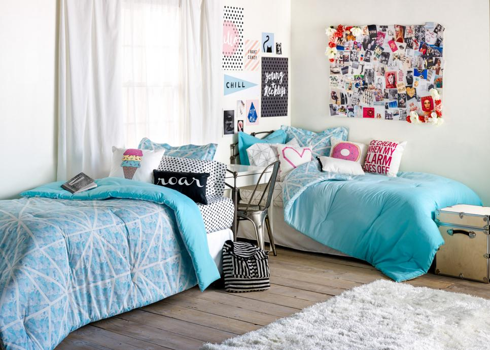 dorm room decorating ideas decor essentials hgtv - Room Decorating