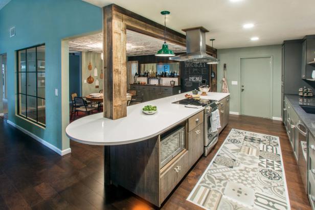 Open Floor Plan Combines Kitchen, Dining and Living