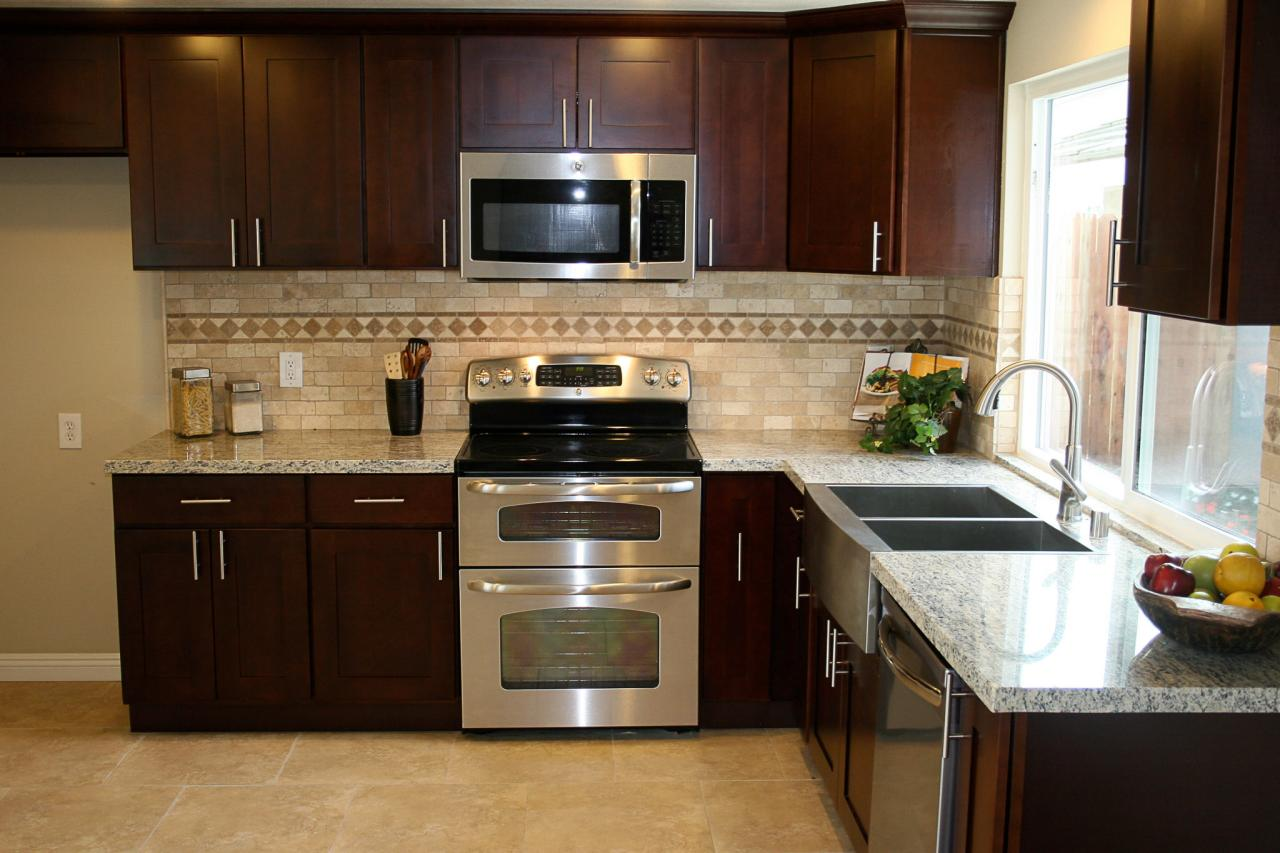 Photos hgtv 39 s flip or flop hgtv for Small kitchen cabinets