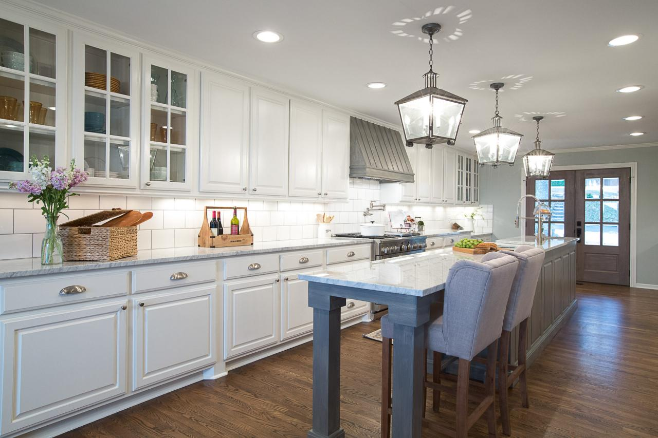 Fixer upper kitchen pendants - Gorgeous Kitchen Makeover From Hgtv S Fixer Upper