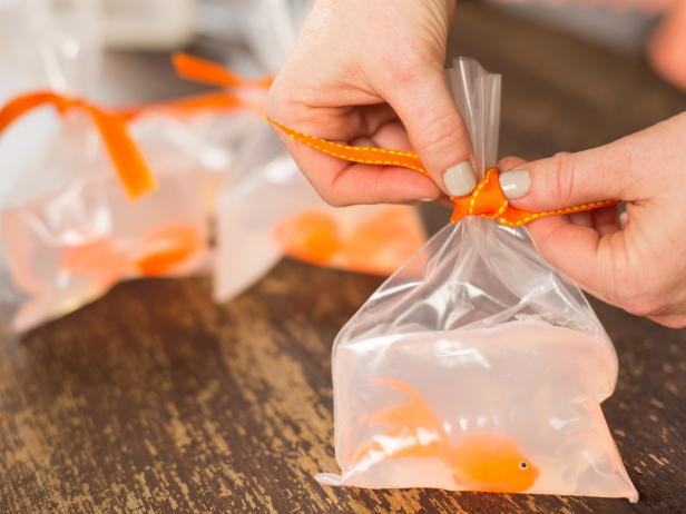 Let cool for at least 30 minutes, then remove from ice water. Tie off the top of the plastic bag with a piece of ribbon.