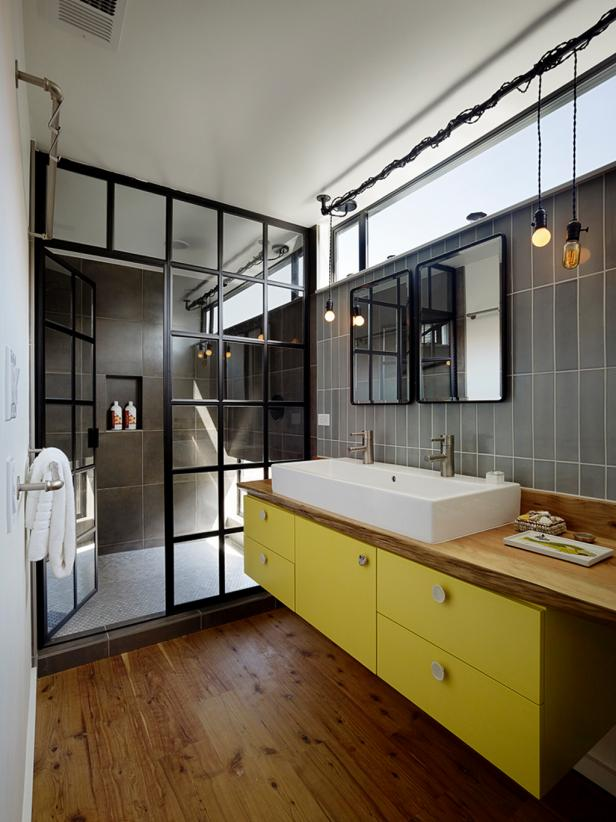 Floating House: Master Bathroom