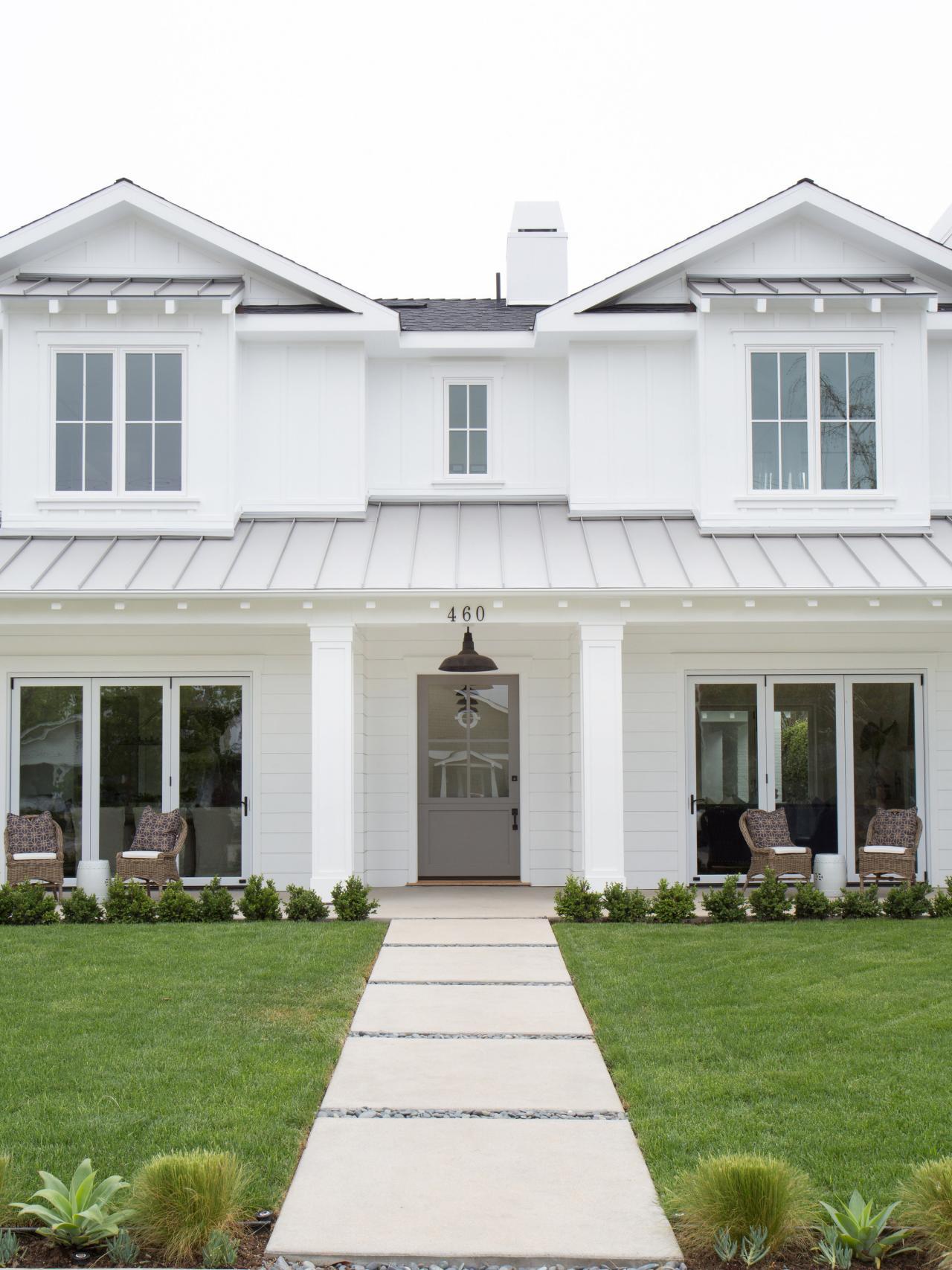 Photo page hgtv for White modern farmhouse