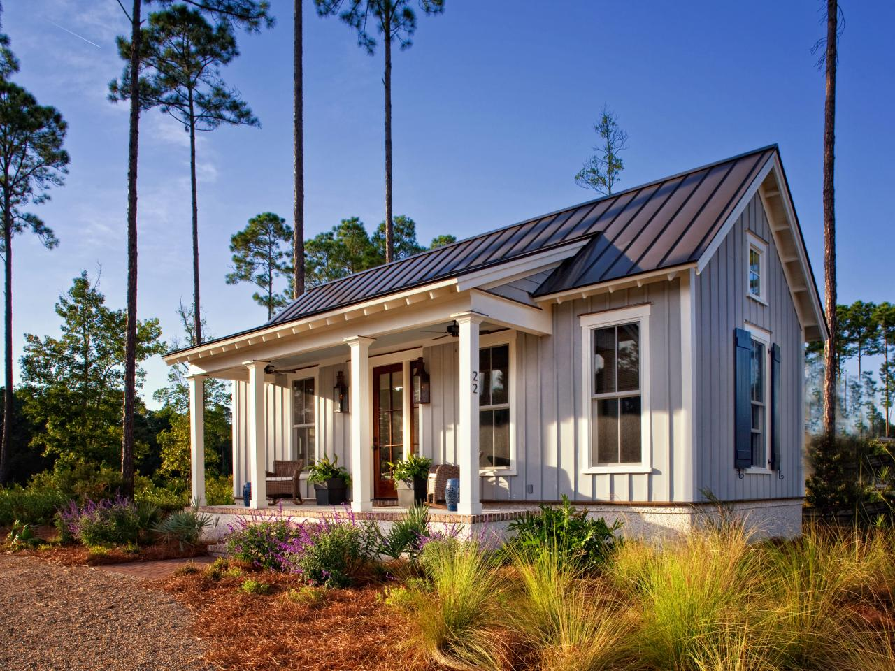 lowcountry style tiny home provides guest, design studio space