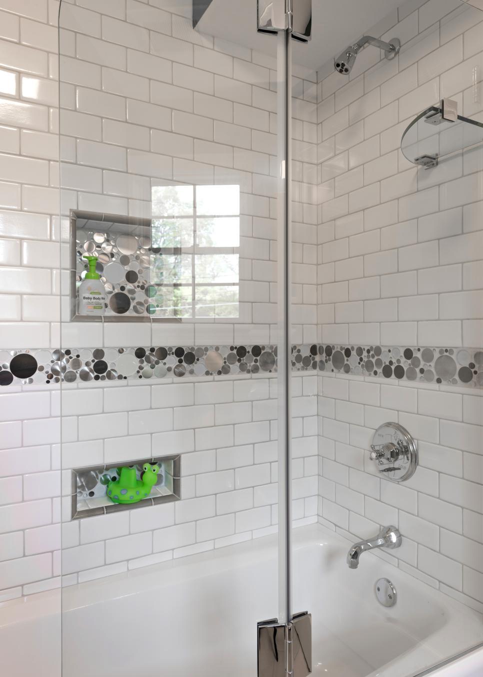 Rooms viewer hgtv - Bathroom accent tile design ideas ...