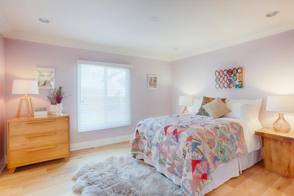 Purple Country Bedroom With Quilt