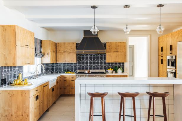 Neutral Kitchen With Black Backsplash