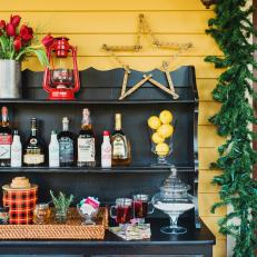 Host a Holiday Party with a Hot Toddy Station