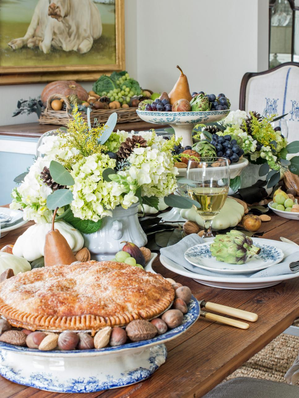 Thanksgiving table setting ideas hgtv - Dining table setting ideas ...
