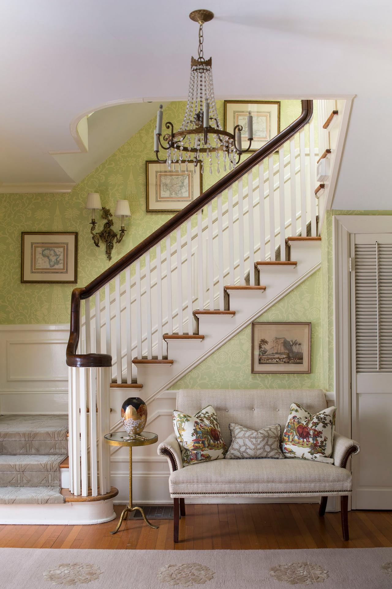 Traditional Foyer Photos : Photo page hgtv