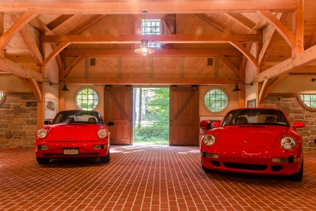 Photo page hgtv for Car barns garages