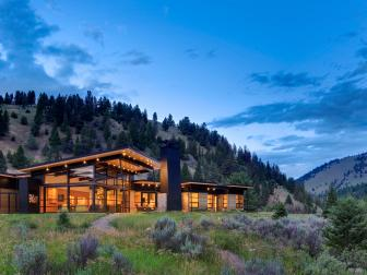 Gorgeous Big Sky, Montana Home Exterior