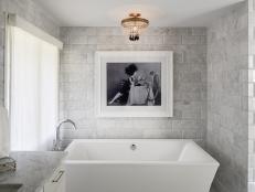 Elegant Modern Bathroom with Freestanding Bathtub