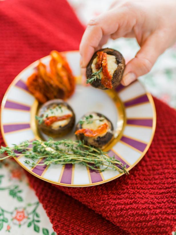 Garnish your Cheesy Stuffed Mushrooms