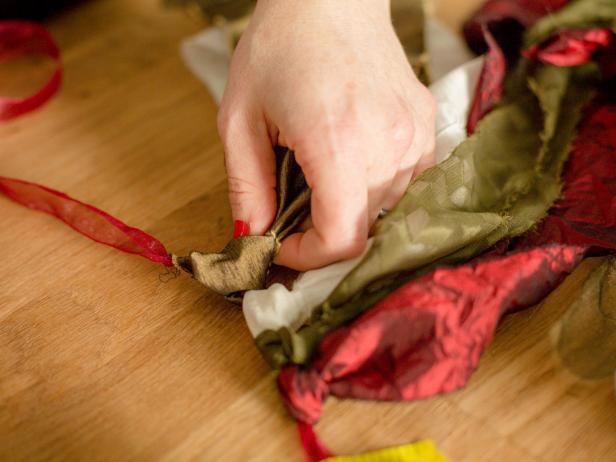 Tinsel Ornament Garland - Create Fabric Swags