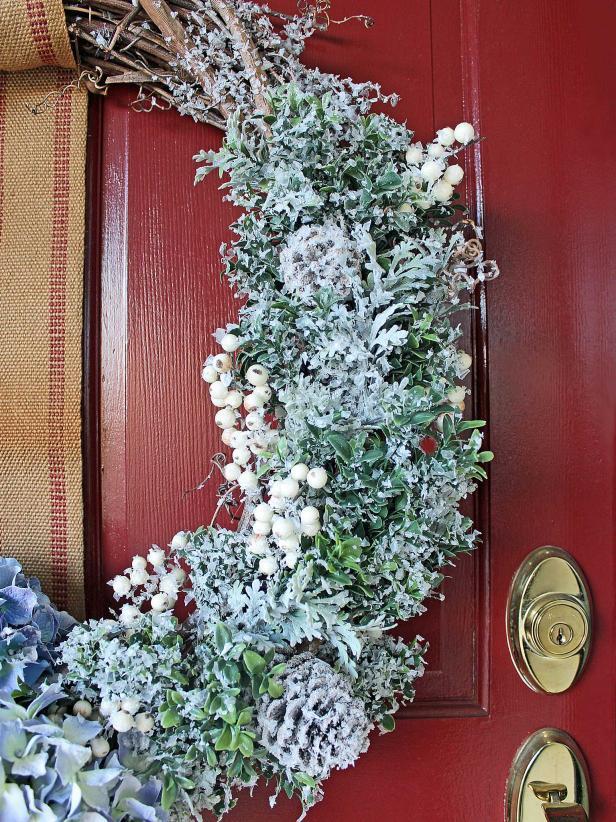DIY Snowy Winter Wreath