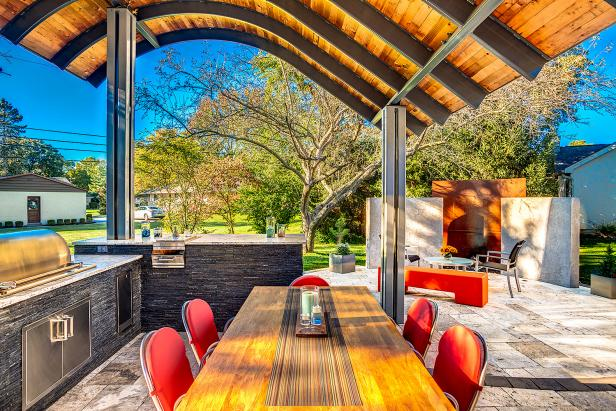 Outdoor Kitchen and Dining Detail View