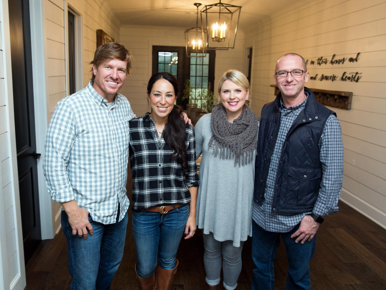 we love chip and jo hgtv 39 s fixer upper with chip and
