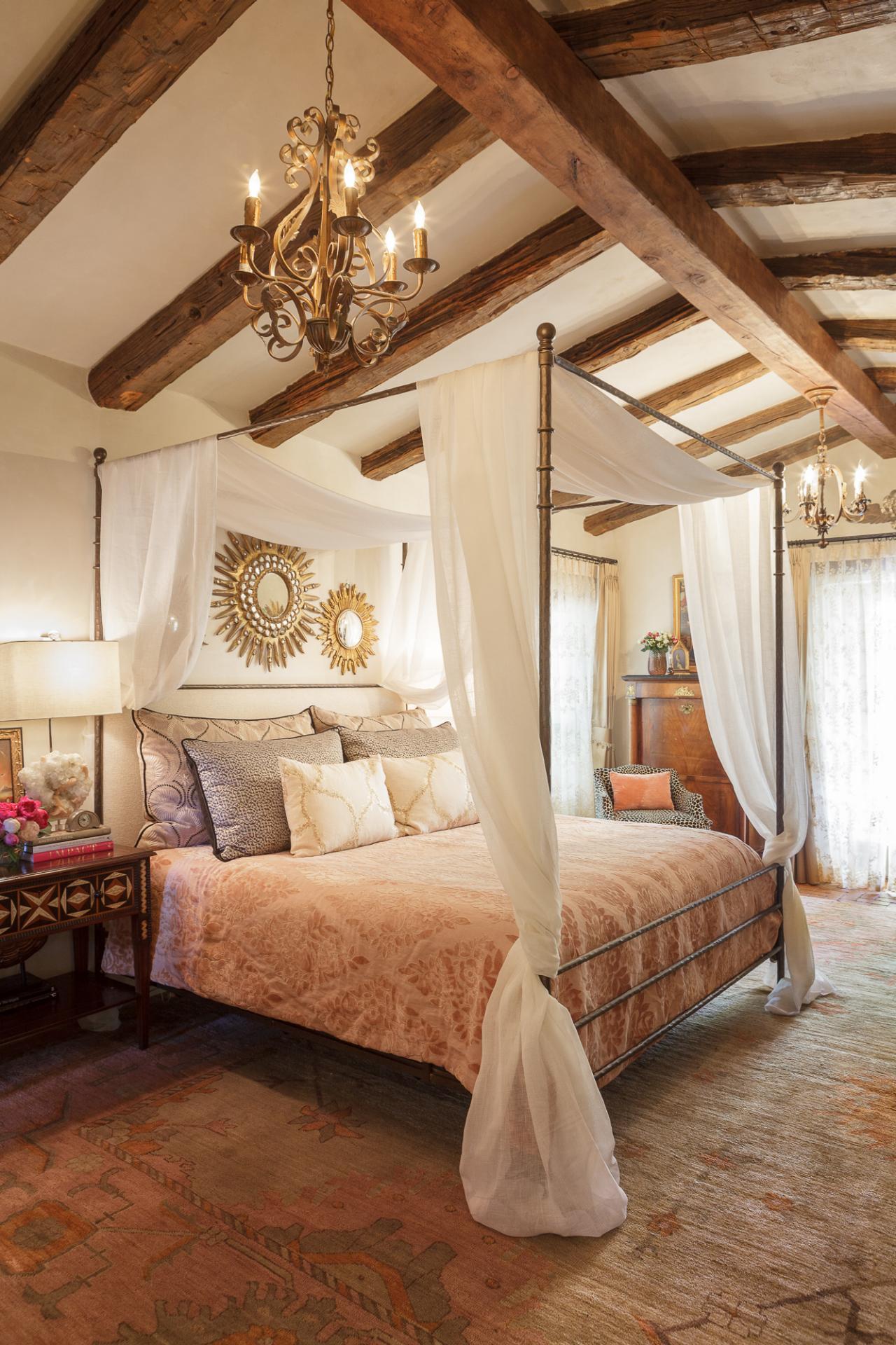 Rustic Master Bedroom: Romantic Meets Rustic Master Bedroom