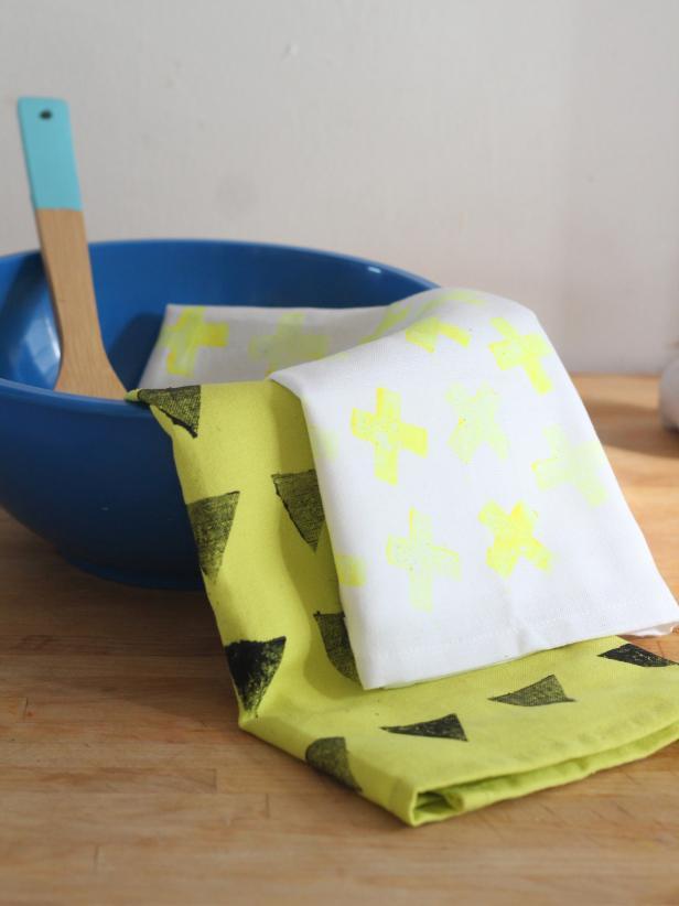 Potato-Stamped Kitchen Towels
