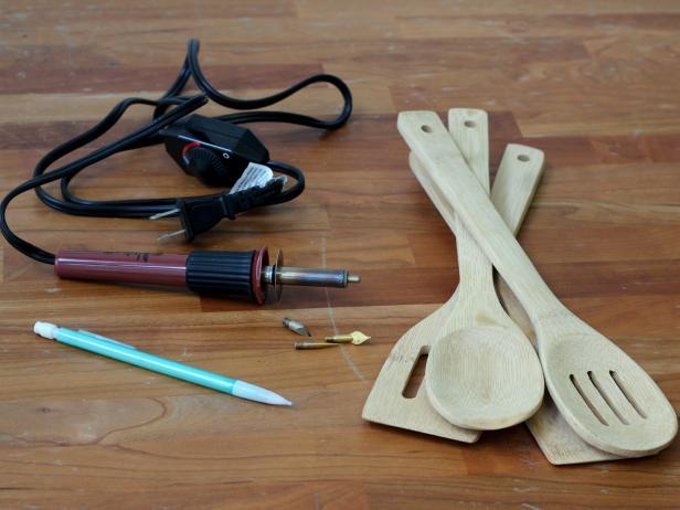 Wood-Burned Kitchen Utensils: Materials