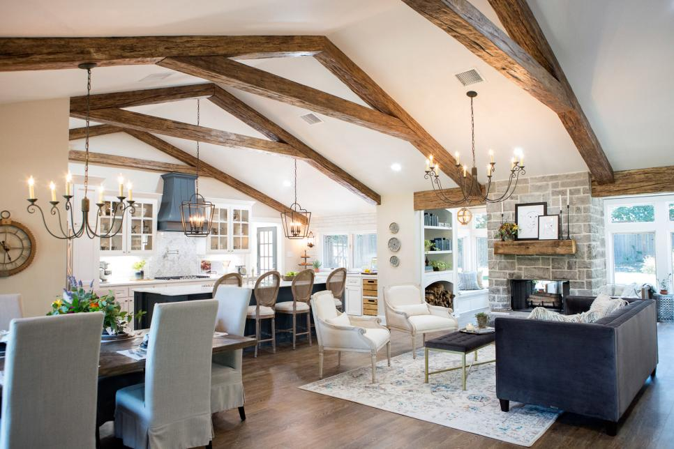 Fixer Upper: A First Home For Avid Dog Lovers | Hgtv'S Fixer Upper
