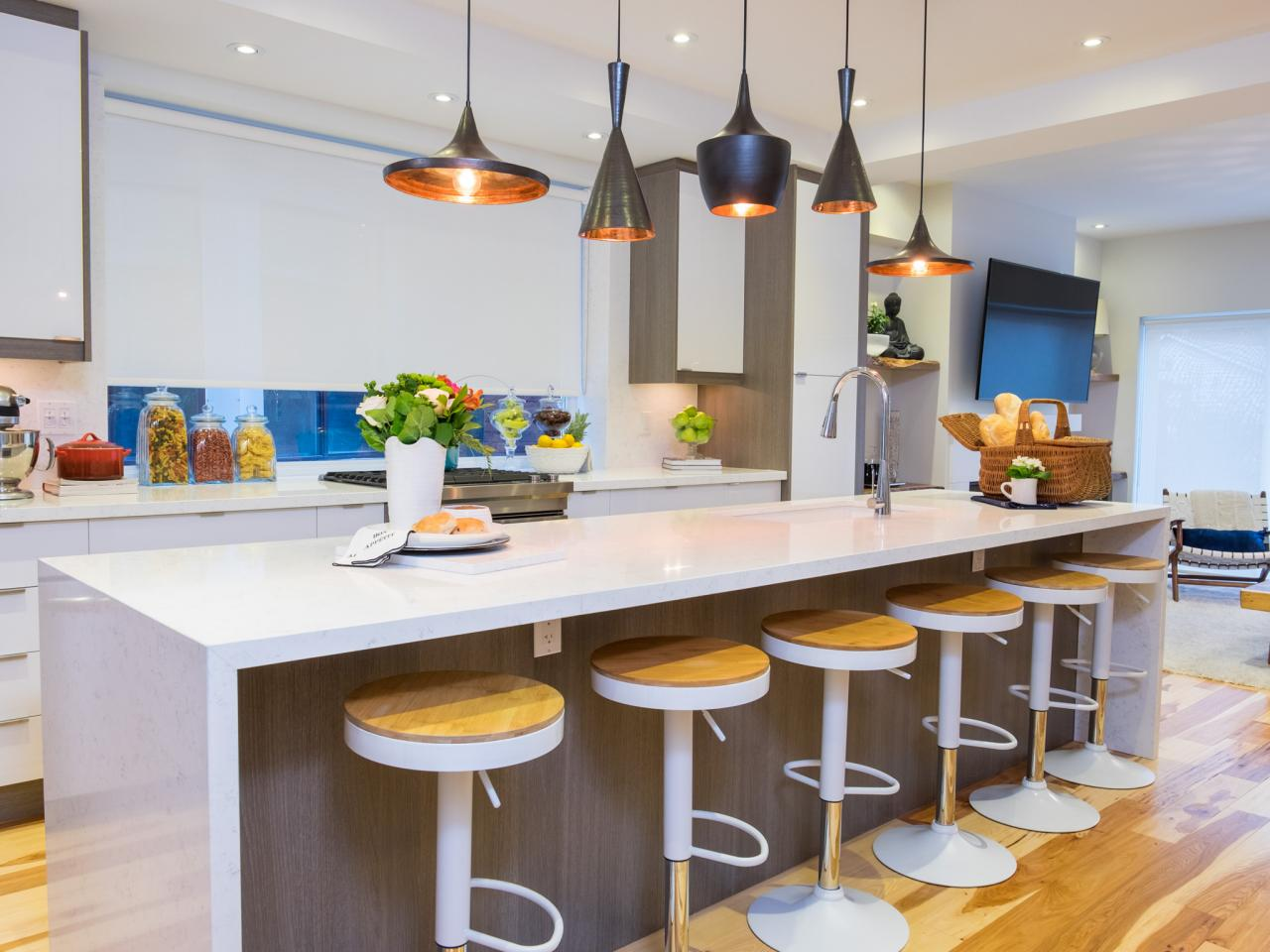 photos property brothers hgtv. Black Bedroom Furniture Sets. Home Design Ideas