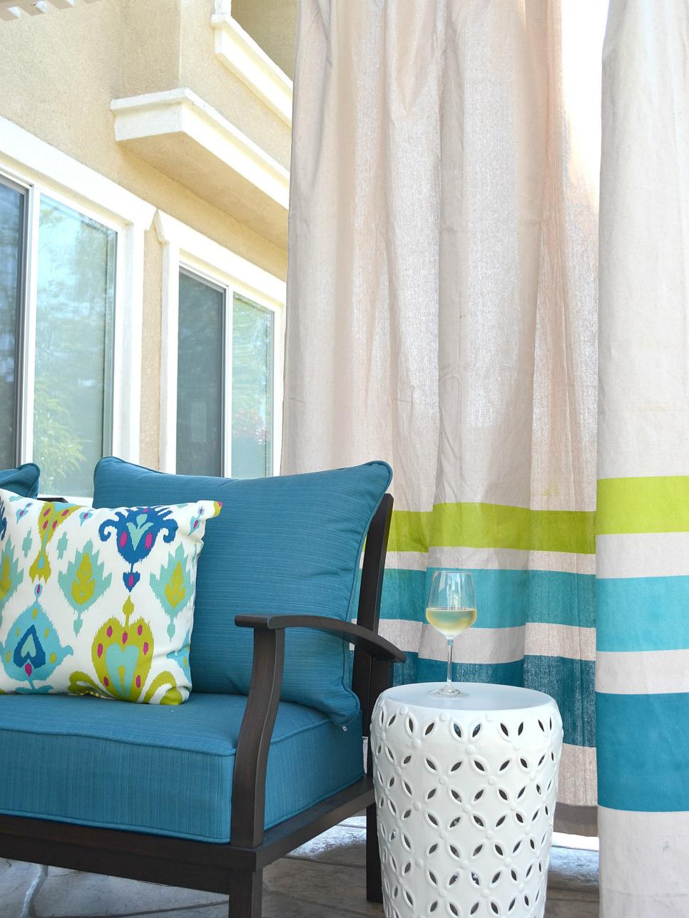 18 ways to add privacy to a deck or patio hgtv for Balcony curtains