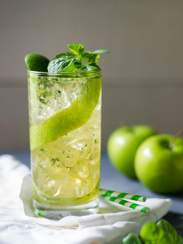 Green Apple Mojito With Fresh Mint Garnish
