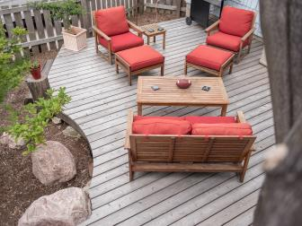 Backyard Deck With Bold Outdoor Furniture