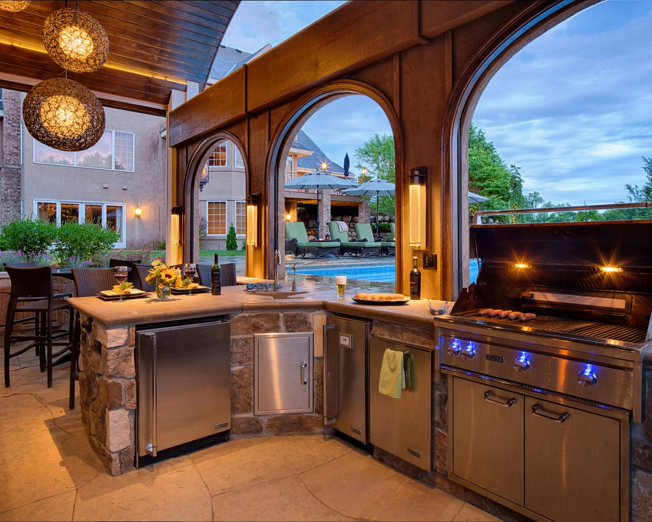 12 Gorgeous Outdoor Kitchens Hgtv S Decorating Amp Design