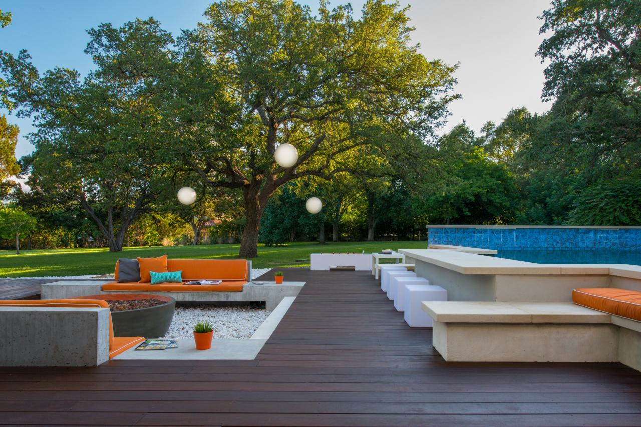 Floating decks hgtv for Contemporary outdoor living spaces