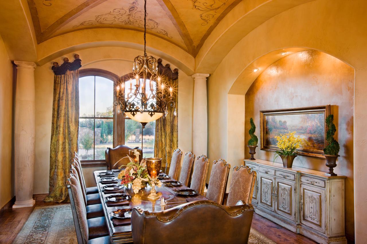 Photos hgtv for Luxury dining room design ideas