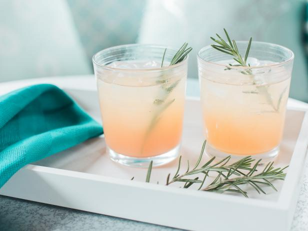 Rosemary Greyhound Cocktail with Simple Syrup