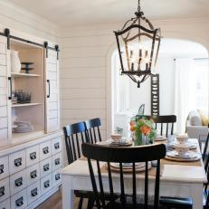 Photos HGTV - Lantern chandelier for dining room