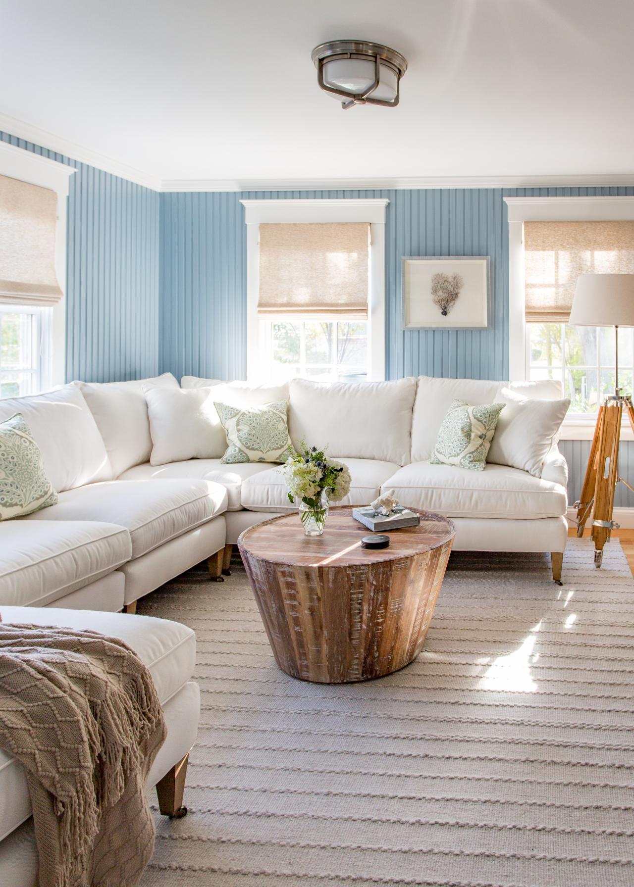 Coastal living room with cornflower blue walls