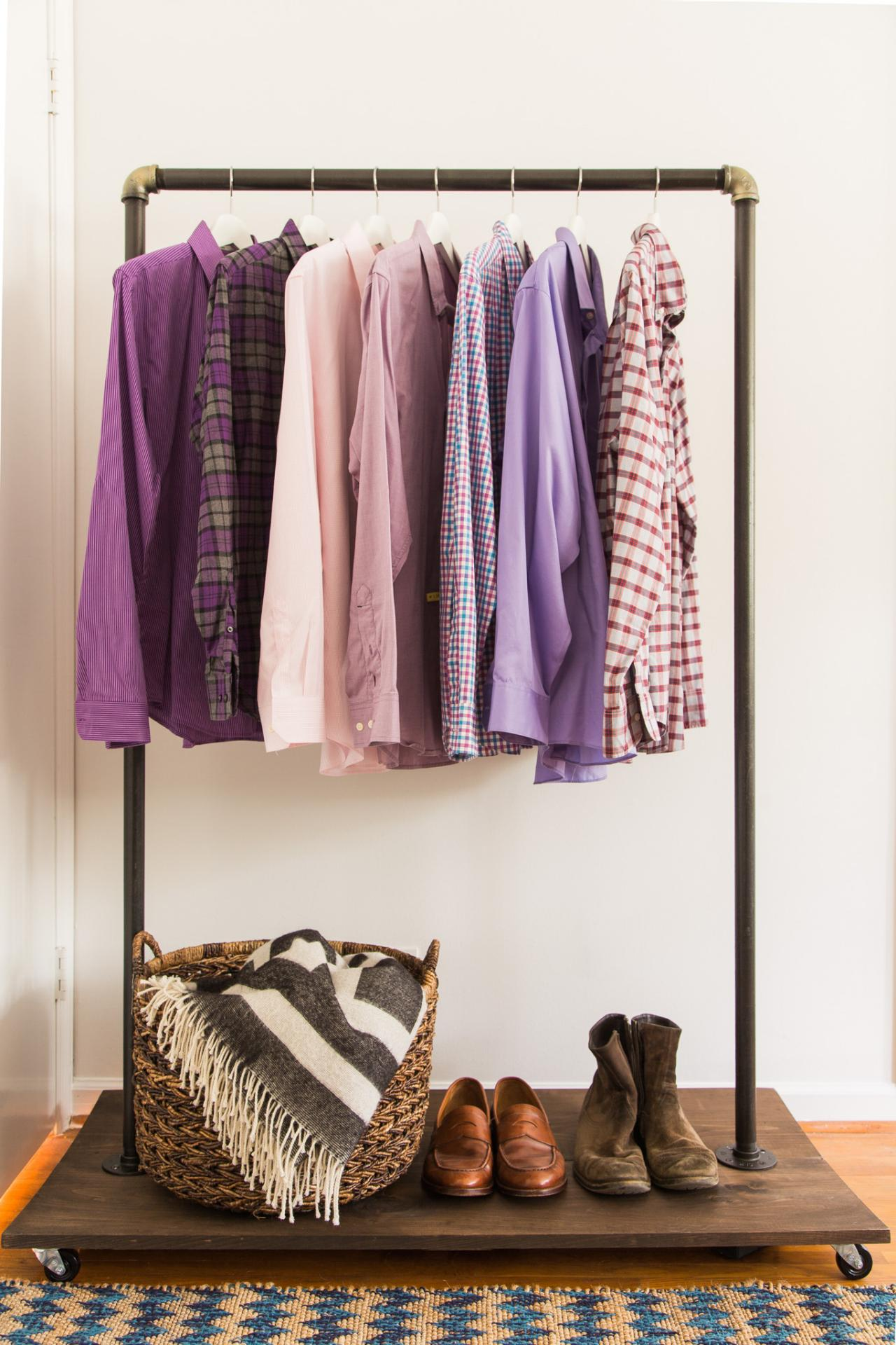Diy Clothing Rack How To Make A Mobile Clothing Rack Hgtv