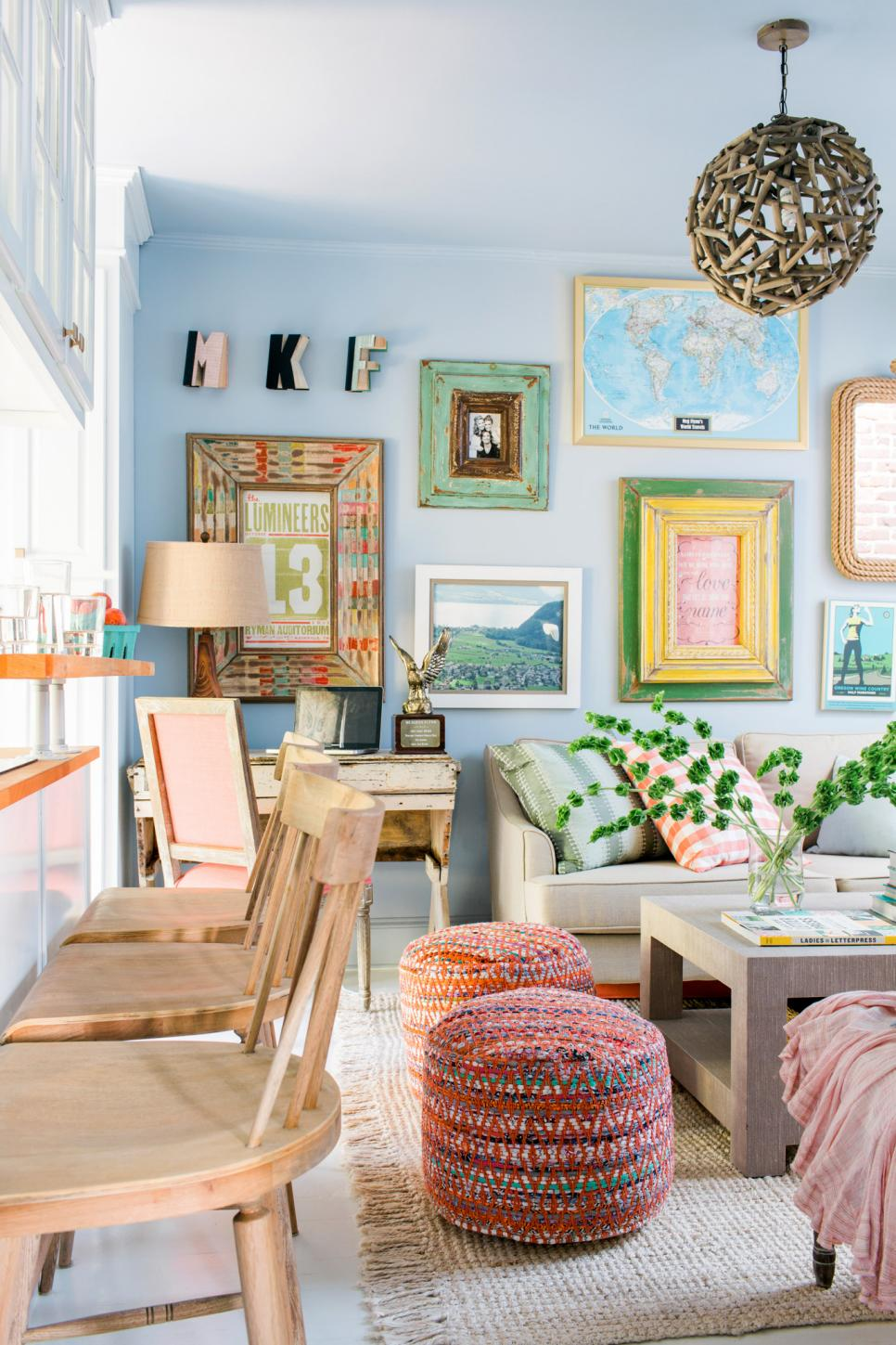 Small Living Rooms Decorating Hgtv: 14 Ways To Make A Tiny Apartment Living Room Feel So Much
