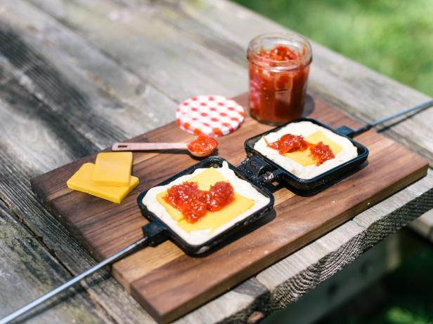 HGTV Summer Camp: Pie Iron Recipe