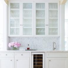 Gentil Wet Bar With Glass Front Cabinets