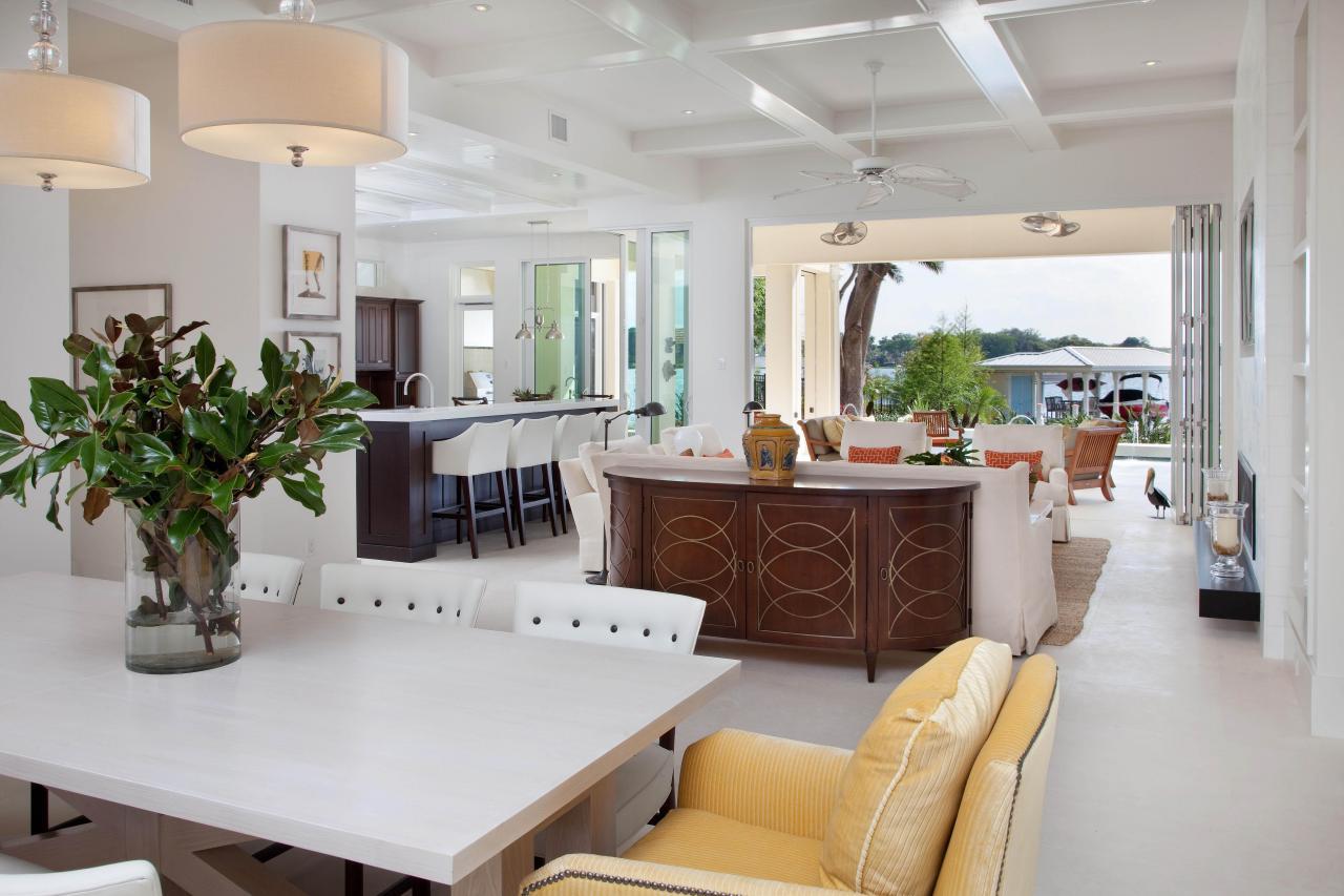 Waterside Retreat Open Living Indoor And Outdoor Space