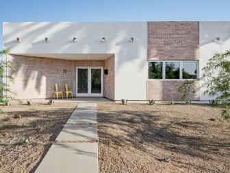 Modern Southwestern Home With Red Brick and Stucco Exterior